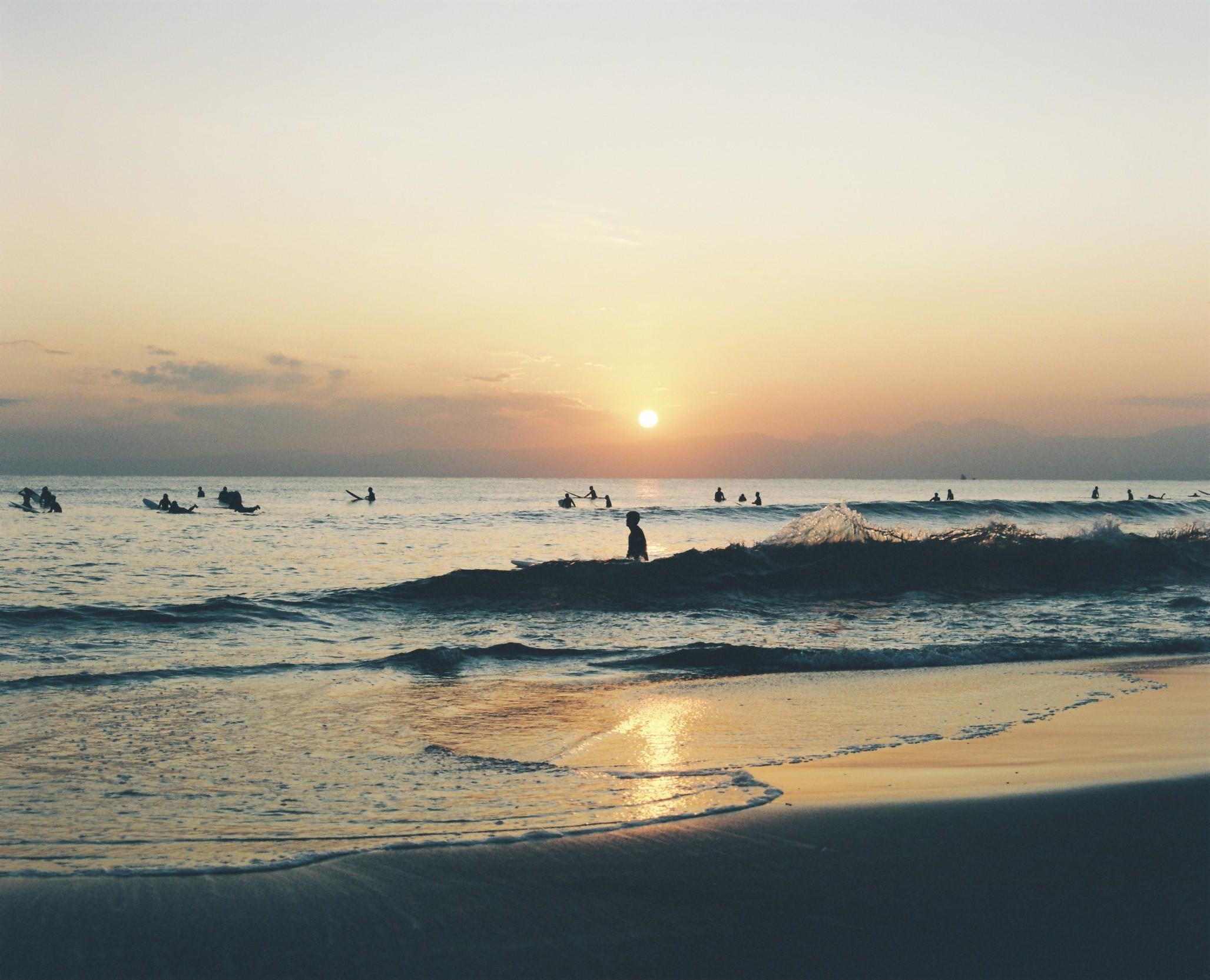 鵠沼海岸の夕暮れ
