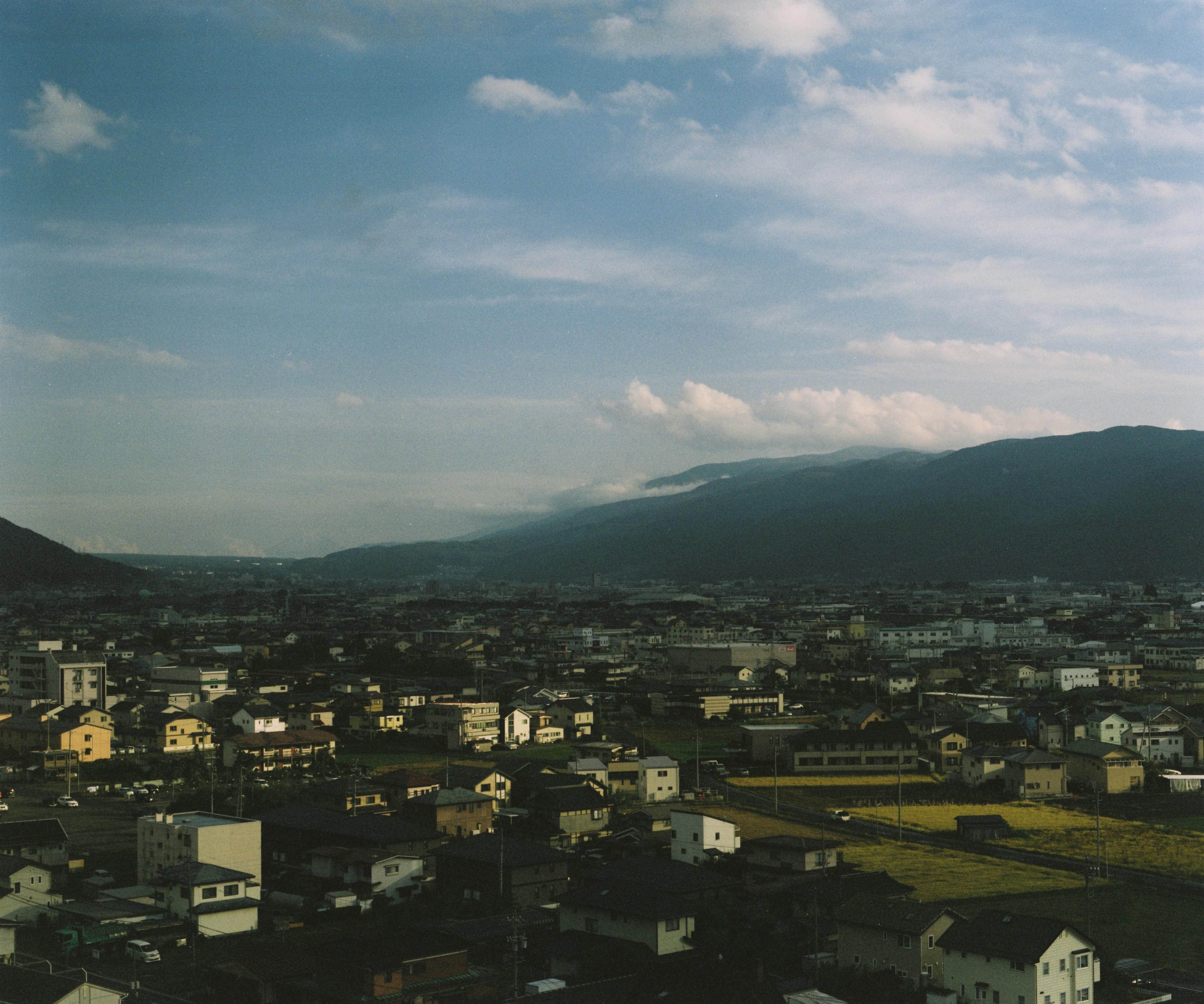 ホテルから眺める茅野市方向