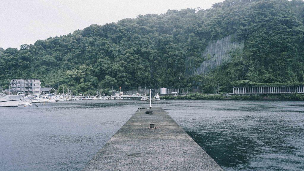 山川港の灯台